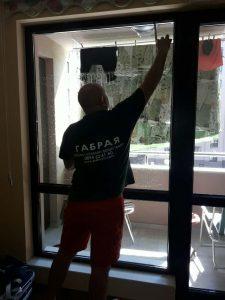 Почистване на прозорци в комплекс Оазис 3 в Пловдив