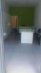 Почистени под, мебели, санитарен възел след ремонт - офис в Ж.К. Тракия
