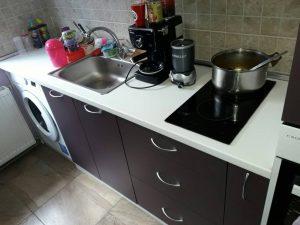 Почистена кухня в кв. Смирненски