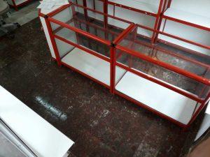 Почистеният магазин в кв. Кичук Париж в Пловдив е готов да посрещне своите клиенти