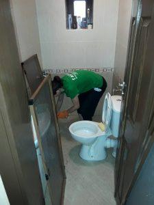 Почистване на баня и комарници в с. Исперихово.