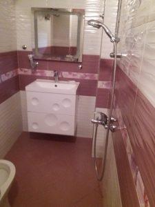 """Почистена баня в апартамент до прелеза на бул. """"6 Септември"""" в Пловдив."""