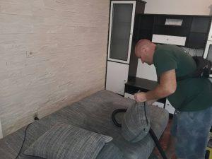 Пране на диван - машинно, на бул. България в Пловдив.