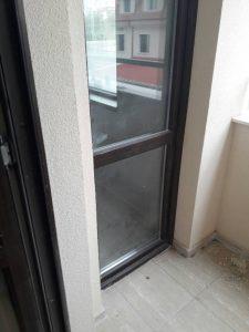 Прозорци преди почистване.