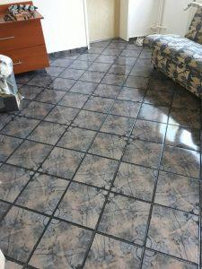 Почистен и полиран под, след пожар.