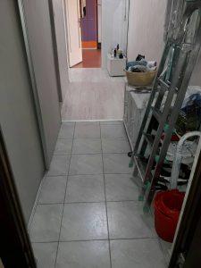 Почистен коридор след пожар в блок в кв.Тракия.