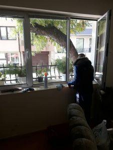 Почистване на прозорци в кв. Кършияка.