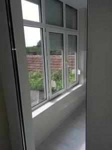 Почистени външни щори и прозорци.