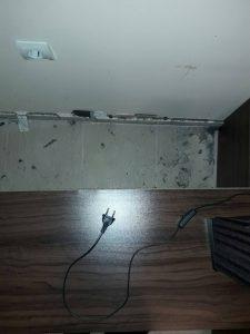 Необходимост от почистване зад мебелите в дом на клиенти на фирма Габрая.