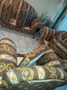 Изпрани диван и фотьойли на бул. В. Априлов.