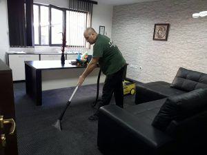 Пране на мокет в офис в Пловдив.