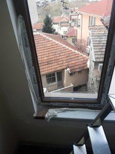 Ул. Волга - прозорци с лепенки, след ремонт.