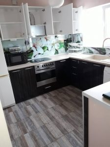 Кухня, почистена след пожар.