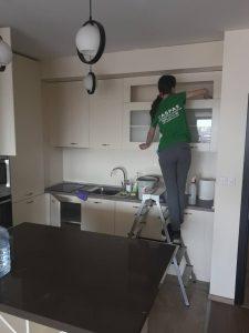 Основно почистване на кухня.