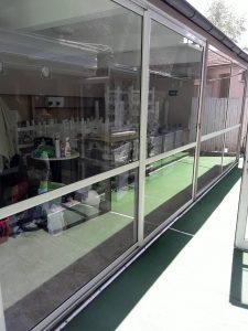 Почистени дограми и стъкла.