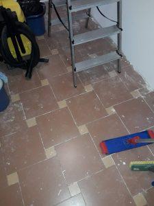 Замърсен при строеж под.