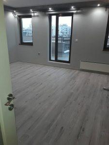 Почистено след ремонт помещение на апартамент.