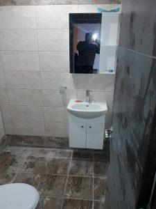 Силно запрашена след ремонт баня.
