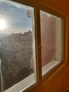 Прозорец след ремонт.