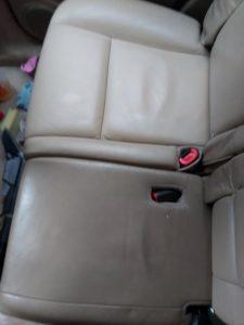 Кожени автоседалки - почистена и непочистена.