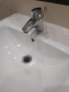 Почистена чешма.