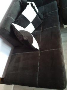 Машинно изпран диван.
